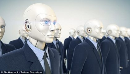Ngân hàng thay 7 nhân viên bằng 5 robot - Môi trường bất định