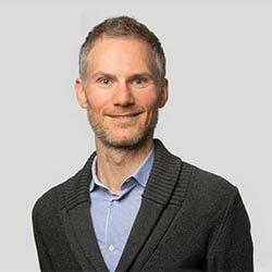 Dr. Andreas Hinz