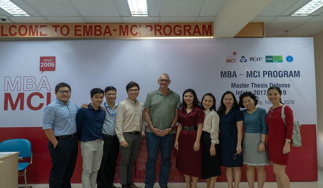 Buổi bảo vệ luận văn MBA-MCI năm 2020: Quả ngọt sau 2 năm học tập